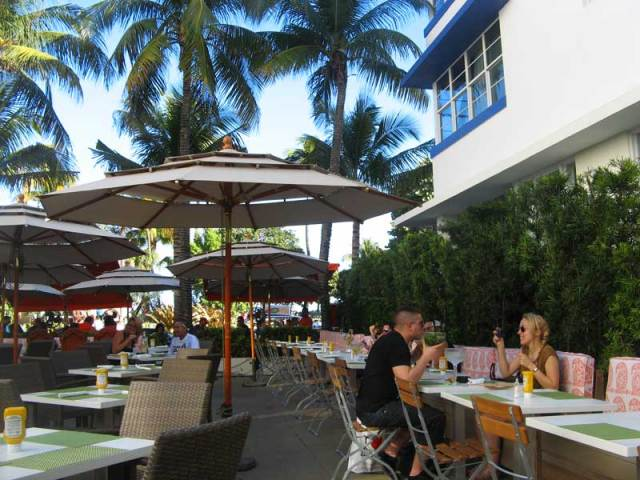 south beach miami, ocean drive dining